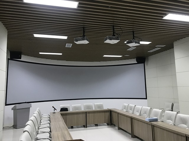 Sala konferencyjnanad morzem – na co zwrócić uwagę?